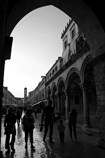 Arched silhouettes by kiwinanna