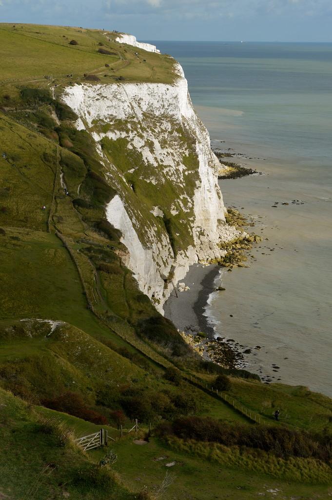 White Cliff by redandwhite