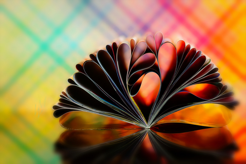 2018-10-08 lines & curves,... and hearts by mona65