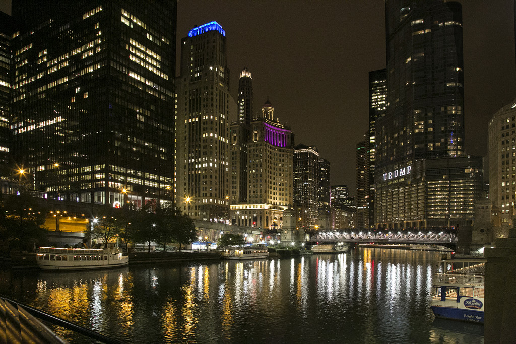 Chicago Waterfront by pdulis