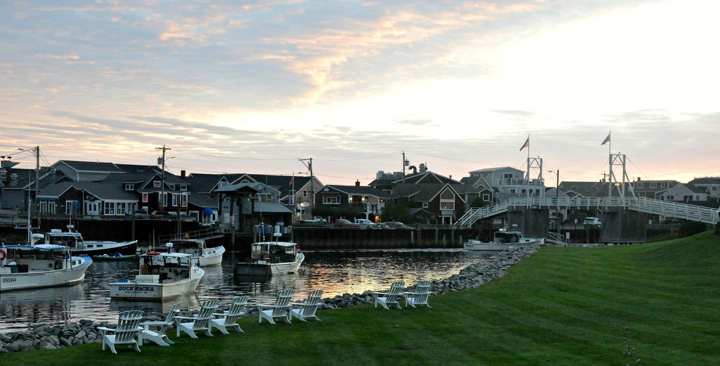 Early morning in Perkins Cove, ME by sailingmusic