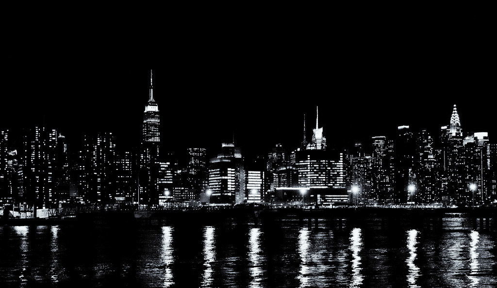 Midtown Manhattan Monochrome by soboy5
