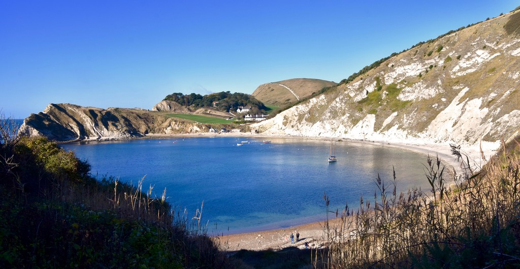 EXTRAS:  Lulworth Cove by casablanca