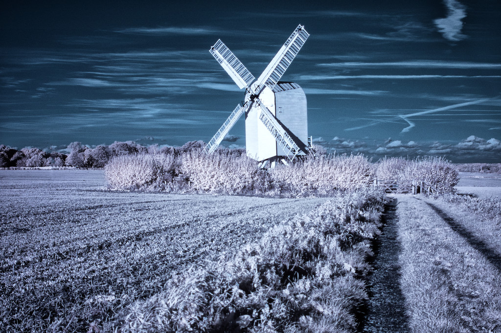 Chillenden Mill - Infrared by fbailey