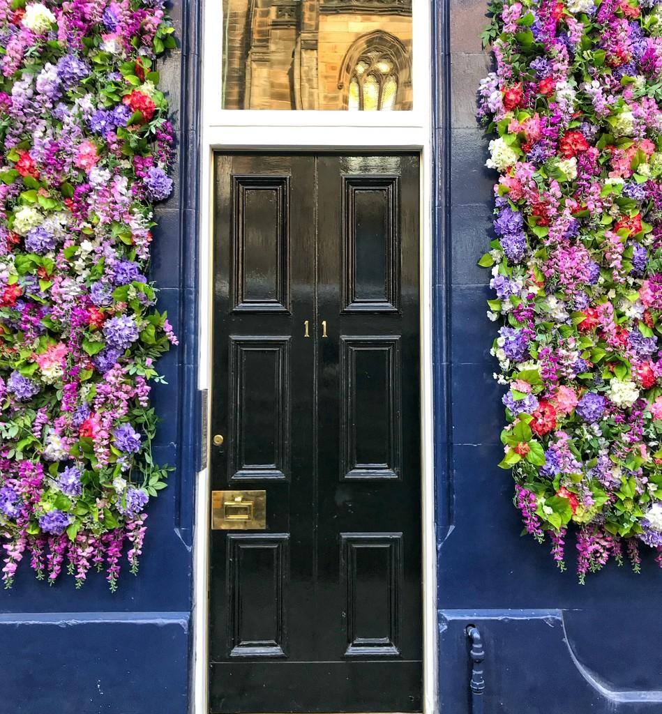 A rather splendid front door!  by happypat