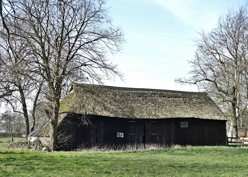 old barn by gijsje