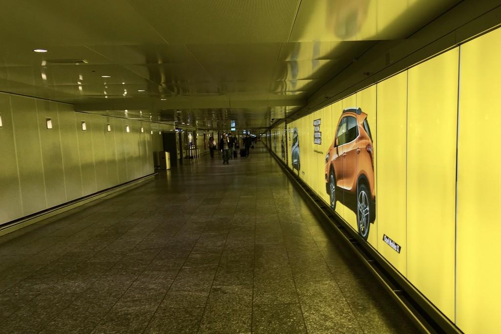 Frankfurt airpot by vincent24