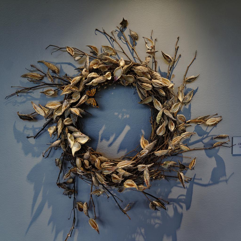 Milkweed wreath by rminer
