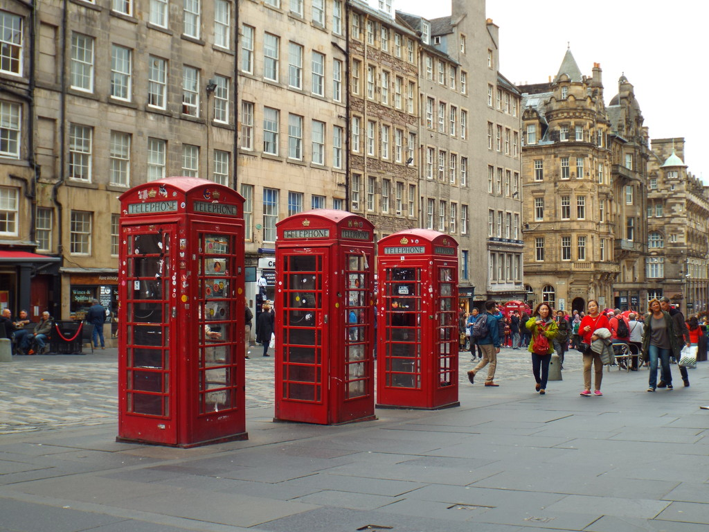 Telephone boxes by suzanne234