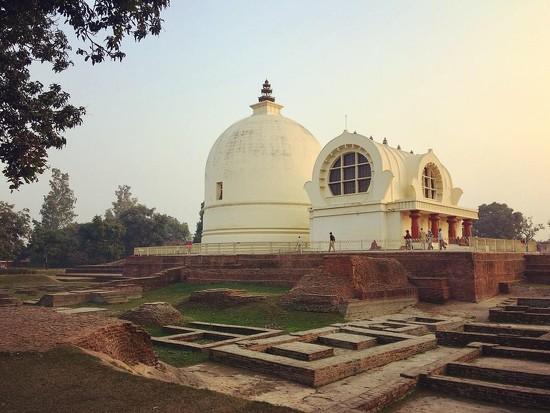 Paranirvana Temple by peterdegraaff