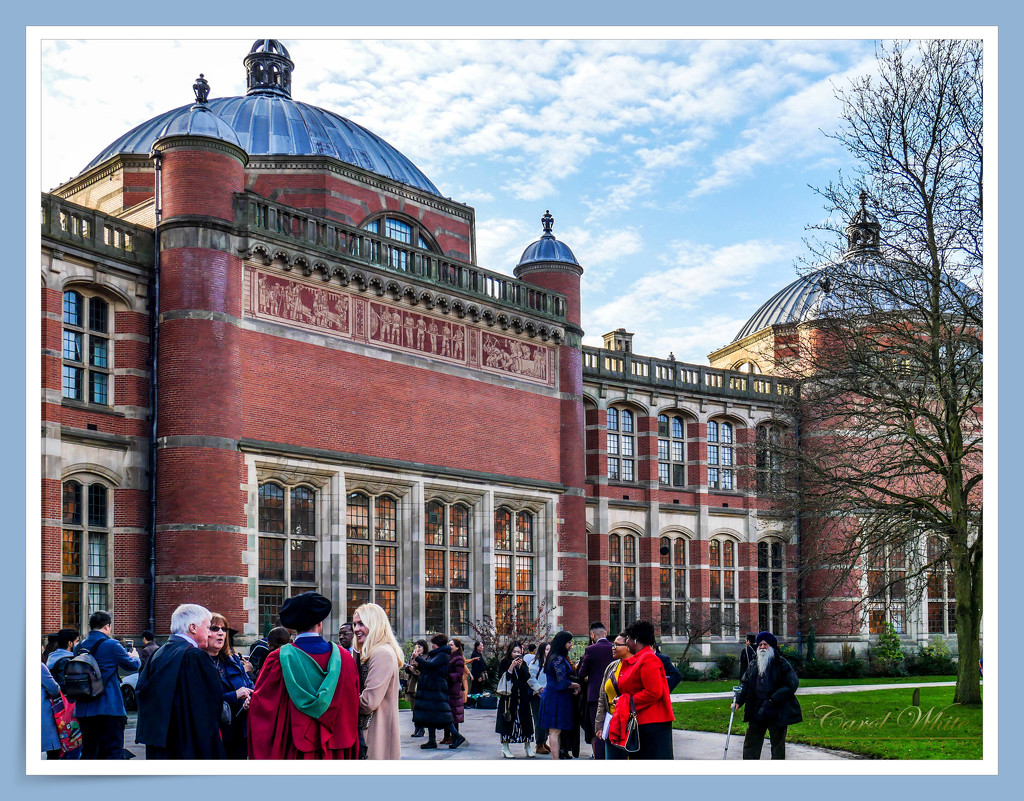 In Front Of The Great Hall, University of Birmingham by carolmw