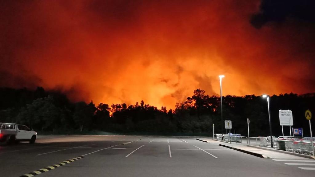 Bushfire by onewing