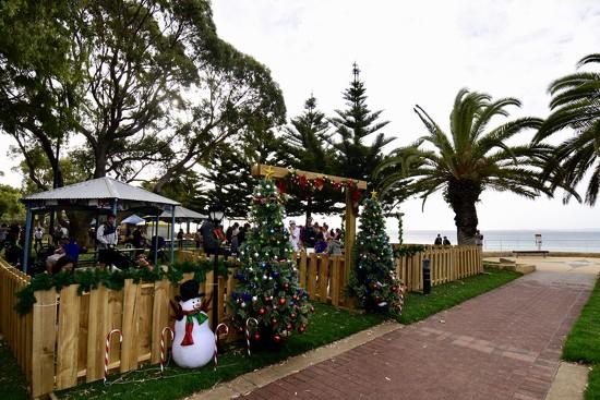 Christmas Lights Festival _DSC3111 by merrelyn