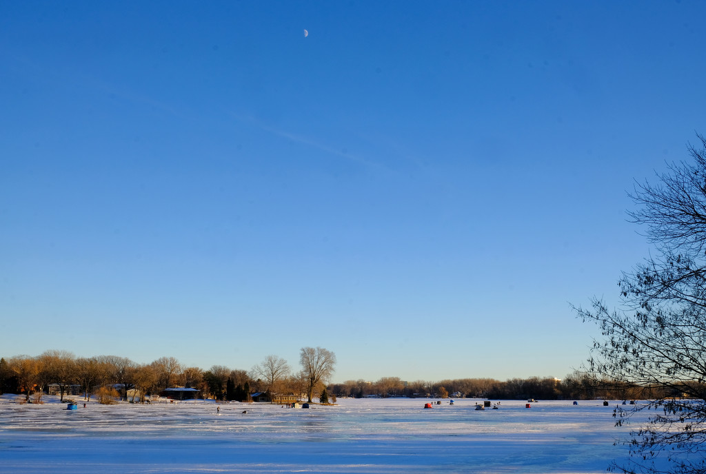 Moon over Frozen Lake by tosee