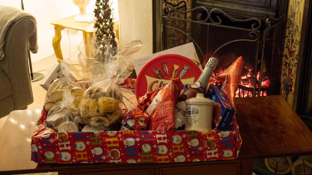 Christmas Hamper.  by tonygig
