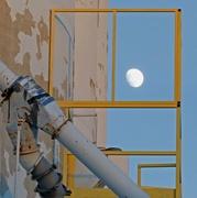 19th Dec 2018 - Industrial Moon