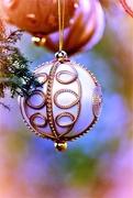 23rd Dec 2018 - Festive bauble......