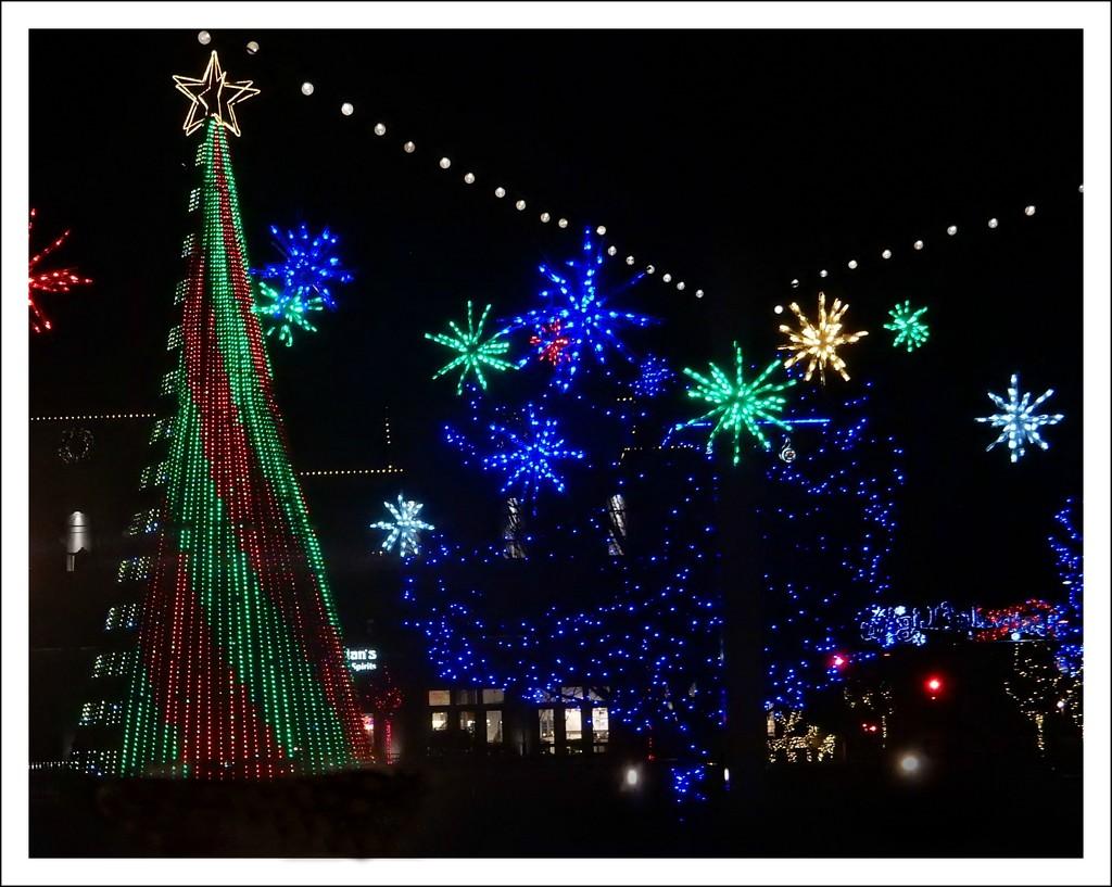 MHK Christmas Lights by mcsiegle