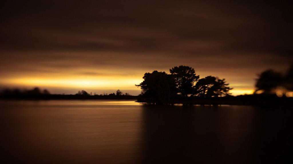 Midnight Light by humphreyhippo