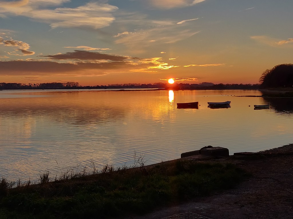 Sunset over Chichester Harbour. by jmdspeedy