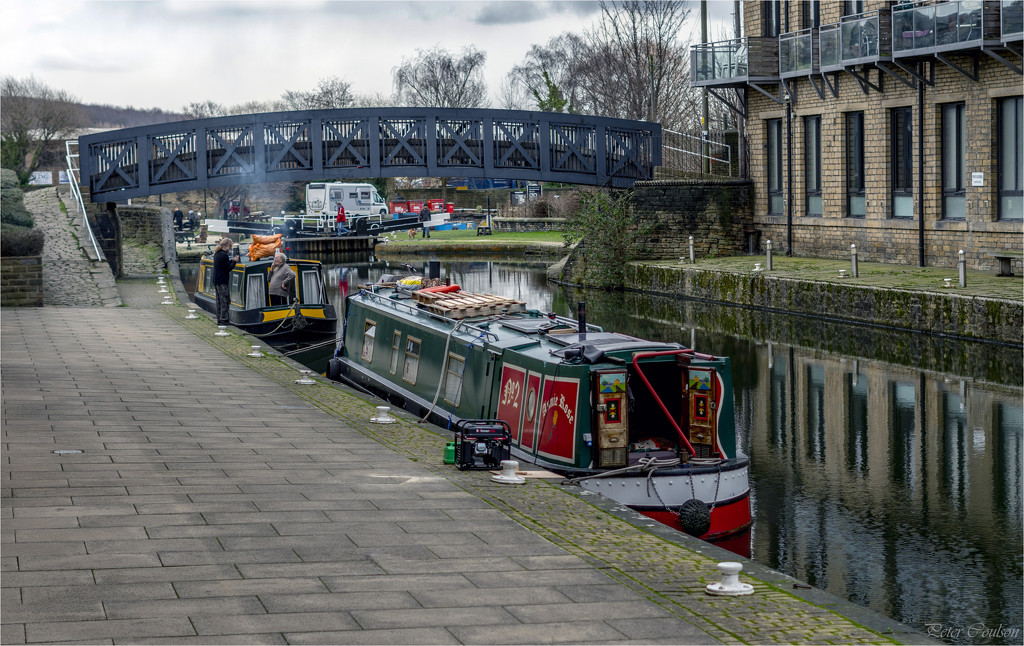Working Canal by pcoulson