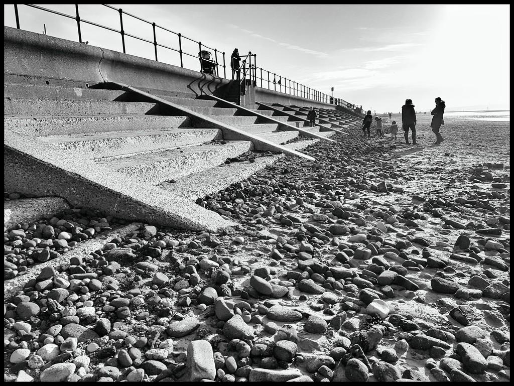 The beach in b&w by lyndamcg