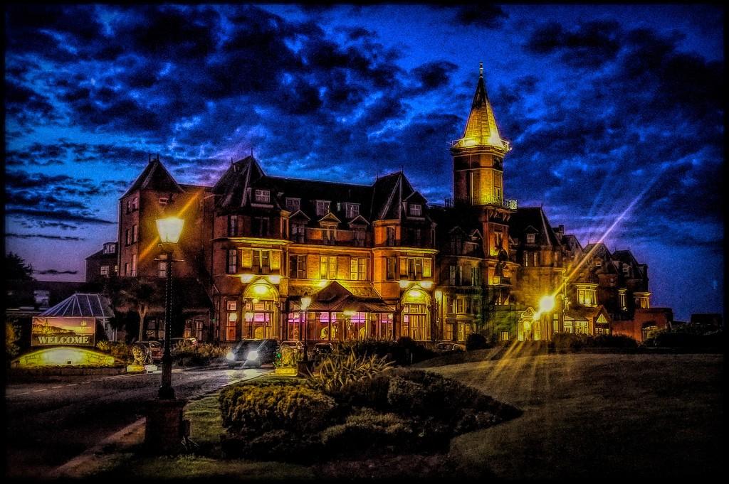 Slieve Donard Hotel by stray_shooter