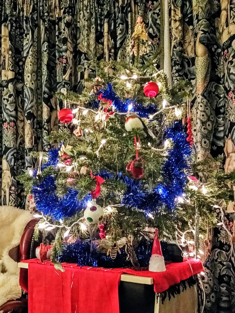 Twelfth Night Christmas tree by boxplayer