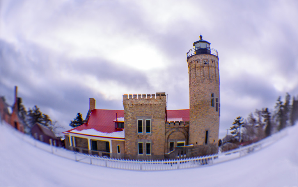 Old Mackinac Point Lighthouse  by dridsdale