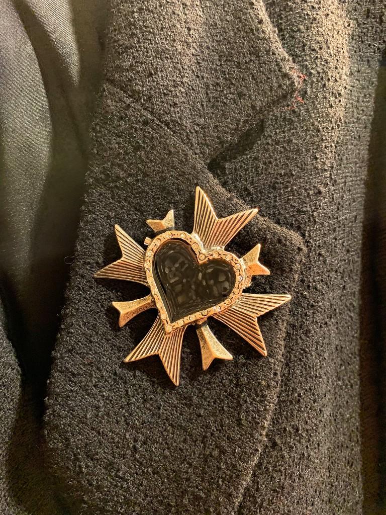 The heart brooch.  by cocobella