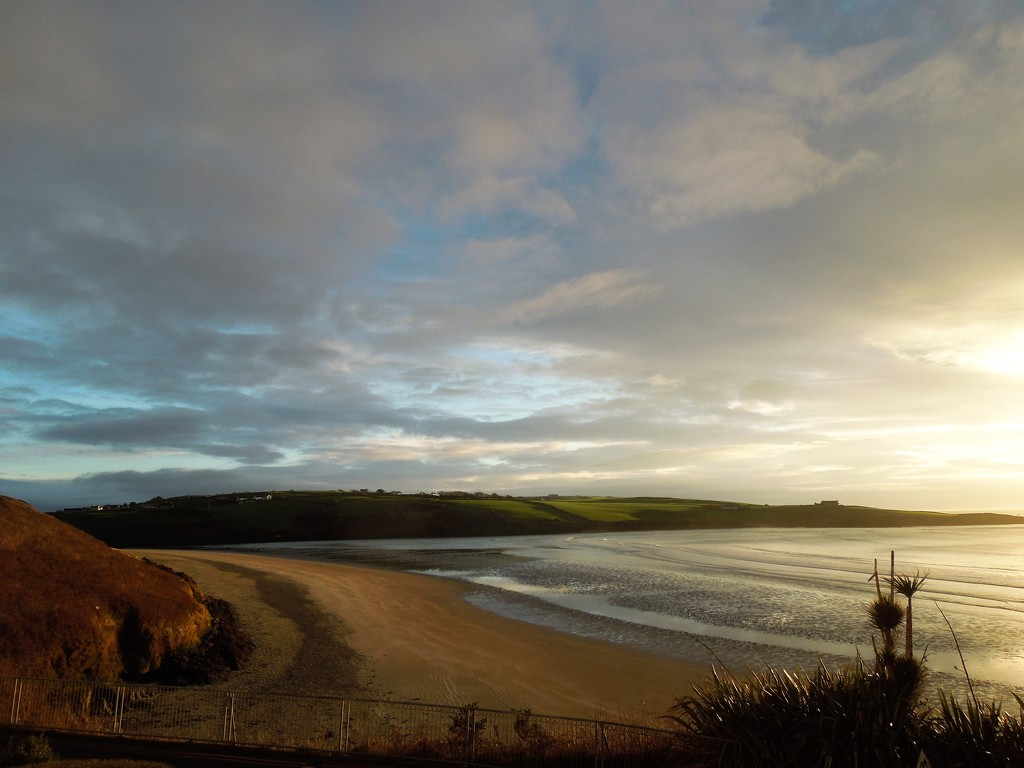 Inchydoney beach by mid-morning sun by etienne