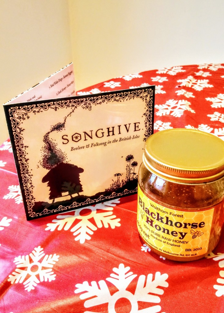Songhive and ultra local honey by boxplayer