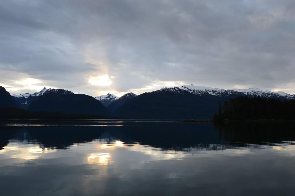 Alaskan Sunrise by bigdad