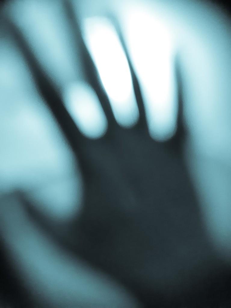 Alien hand... by m2016