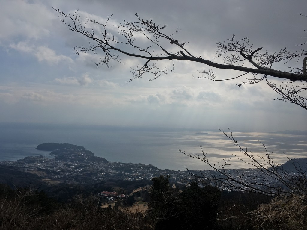 Manazuru Peninsula from Nangosan 2019-01-20  by cityhillsandsea