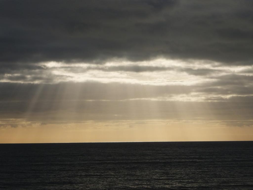 Sunbeams by ivan
