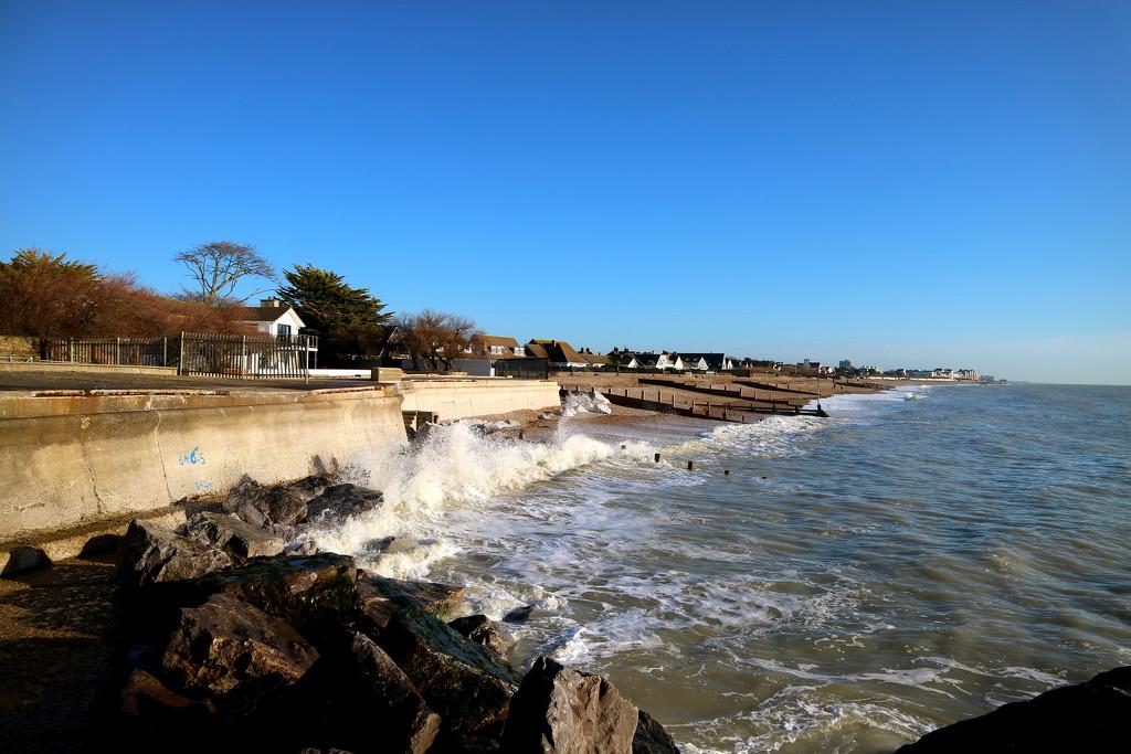 Winter Waves by davemockford