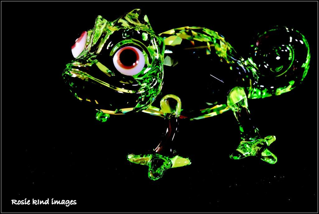 Chameleon by rosiekind