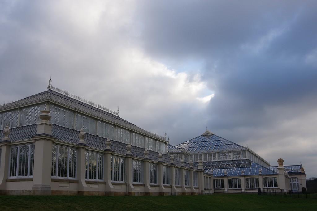The Temperate House, Kew Gardens. by 30pics4jackiesdiamond