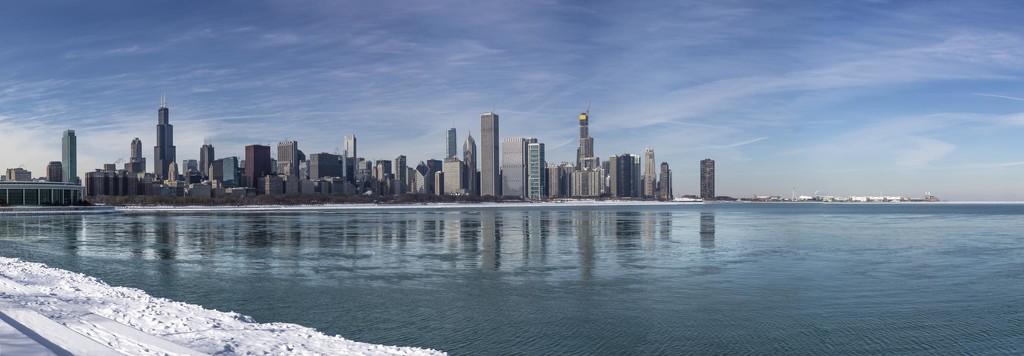 Full Frame DSLR Pano of Polar Chicago by jyokota