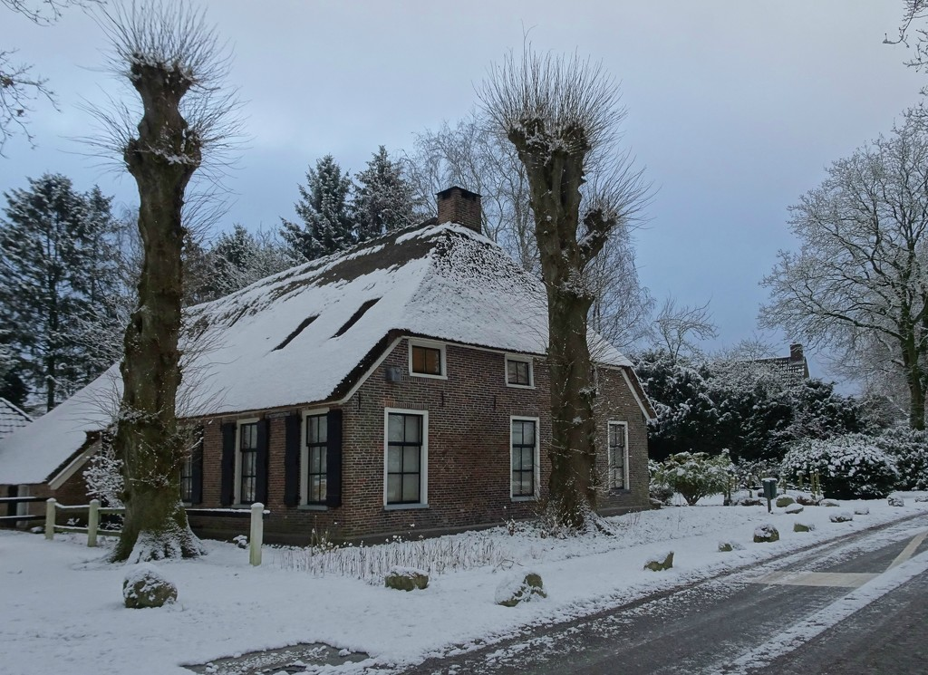 wintry farmhouse by gijsje