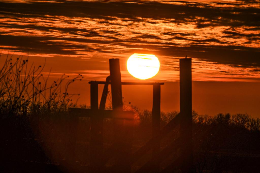 A Rare Kansas Sunrise by kareenking