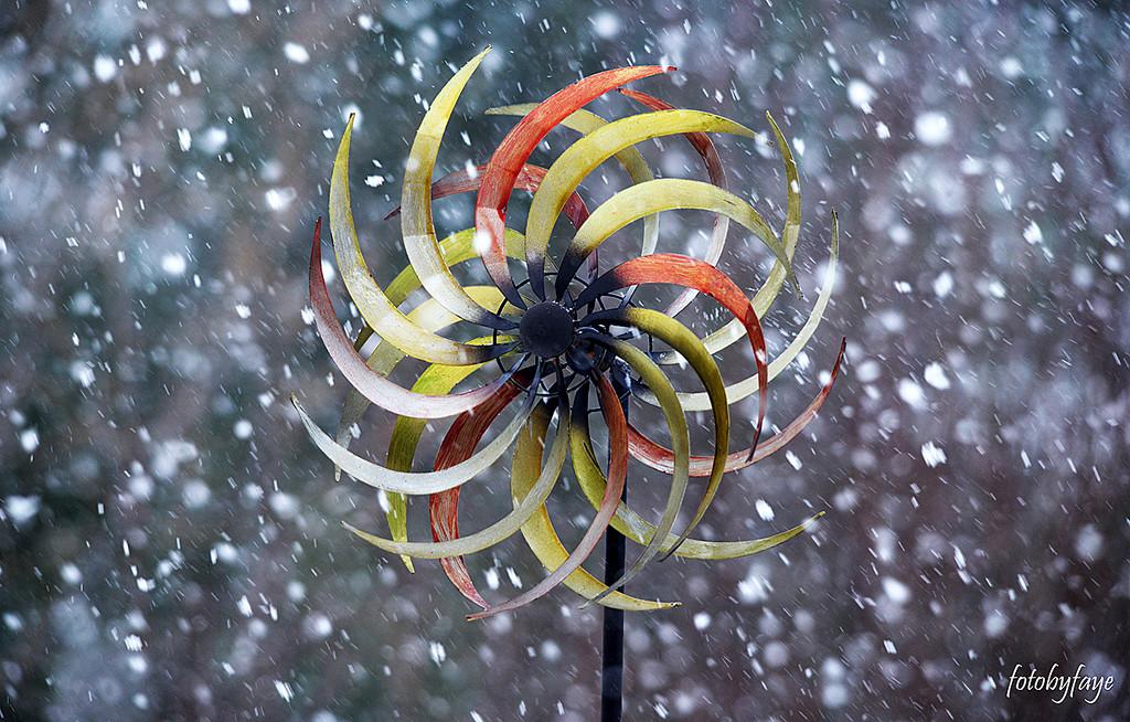 Whirligig in a snowstorm! by fayefaye