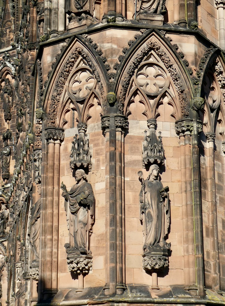 Detail of the stonework - Lichfield Cathedral by orchid99