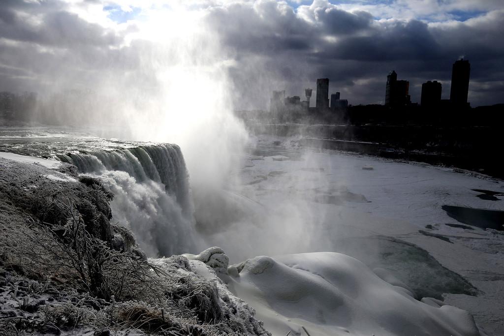 Terrapin Point Frozen Falls  by pdulis