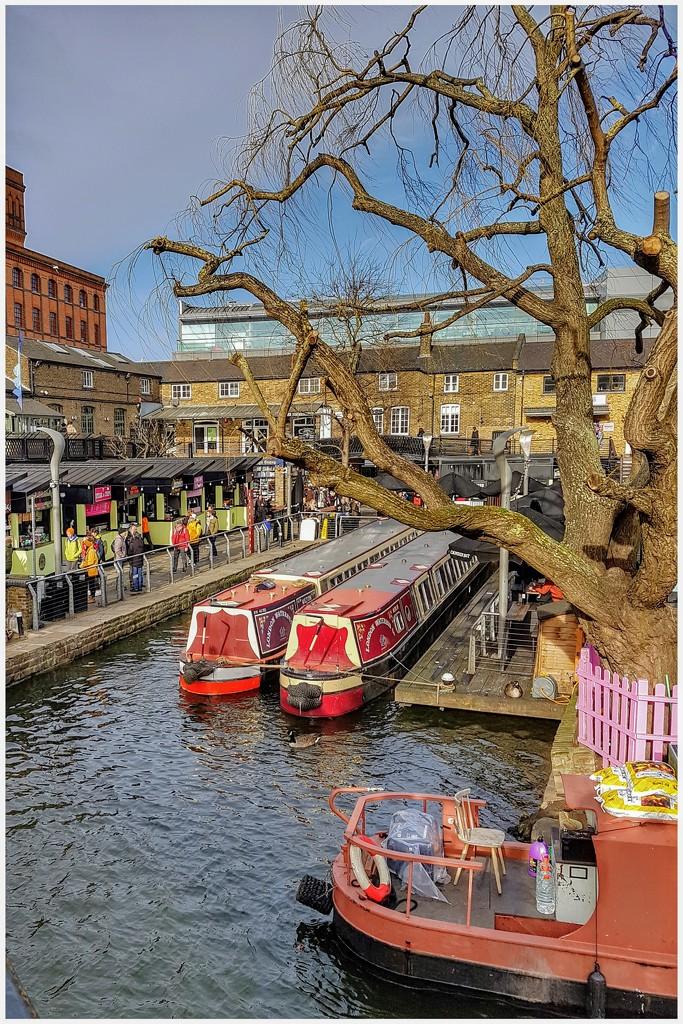 A colourful Camden Lock by lyndamcg
