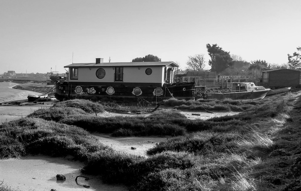 Low tide on the tidal mudflats by 4rky
