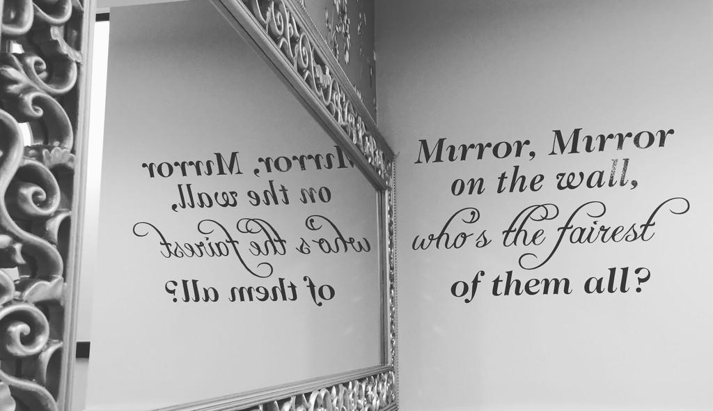 Mirror mirror  by lilaclisa