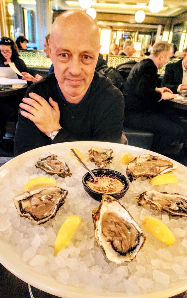 Oysters at Searcys by boxplayer