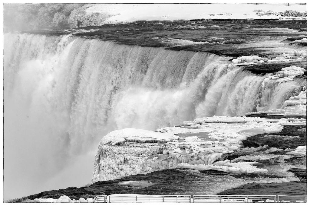 Bridal Veil Falls by pdulis